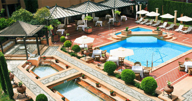 An exceptional offer. 34% off Hotel Saray ****.
